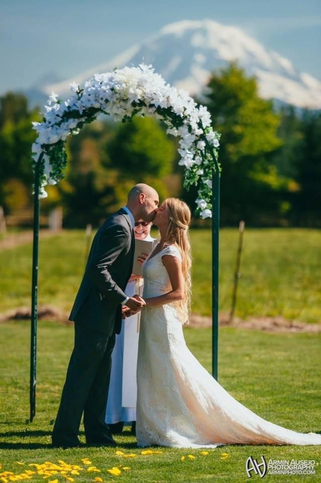 Wedding Kiss at Neuwaukum Seattle Wedding Venue